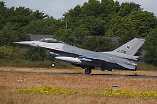 J-136 0904ehvk02