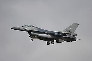 J-136 1205ehlw01