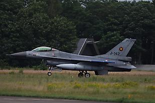 F-16A J-1..