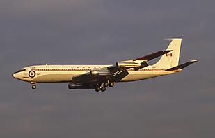 CC-137 Boeing 707